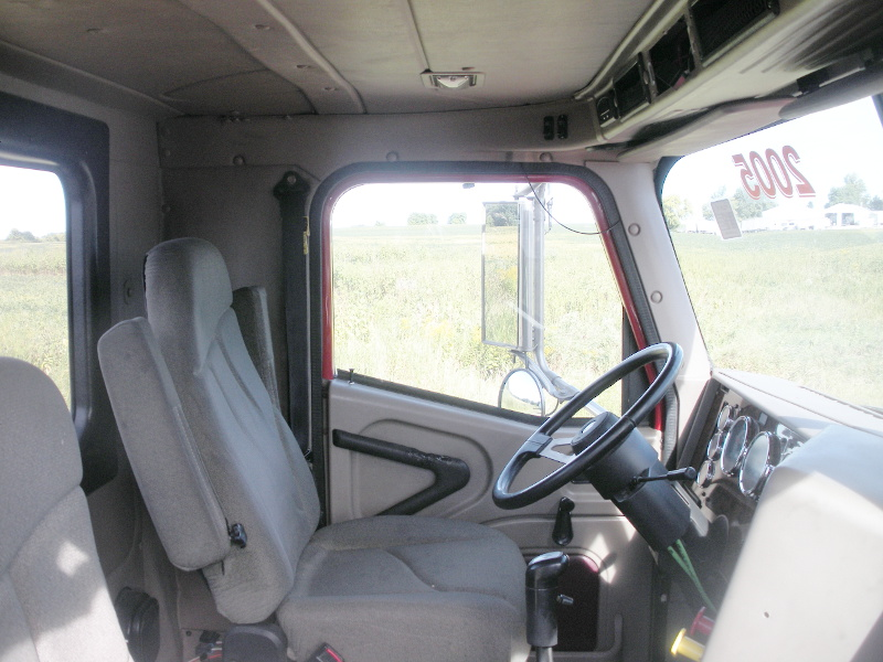 International Day Cab Conversions Converting Sleeper Cab Semi Trucks To Day Cabs The Useful